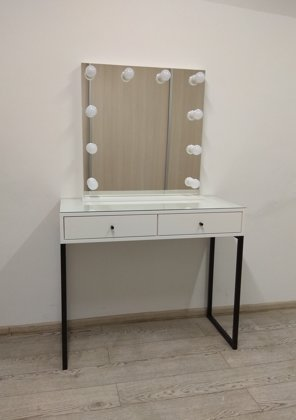 MODERN WHITE MAKEUP TABLE/MIRROR SET WITH BLACK METAL LEGS